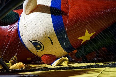 macys thanksgiving day parade balloon inflation huffpost