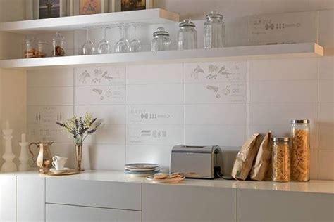 piastrelle cucina bianche mattonelle per cucine moderne ceramica