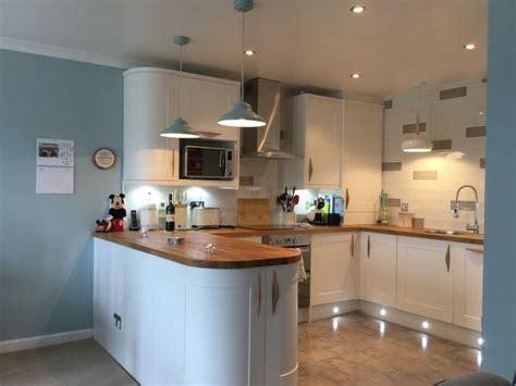 wren kitchen design wren kitchen designer the in my kitchen pacrylic chagne 1190