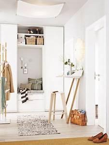 Kleiner Flur Garderobe : einrichtungsideen einen kleinen flur gestalten home ~ A.2002-acura-tl-radio.info Haus und Dekorationen