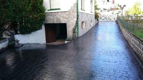 foto impreso de acceso  garaje  molde adoquin  color