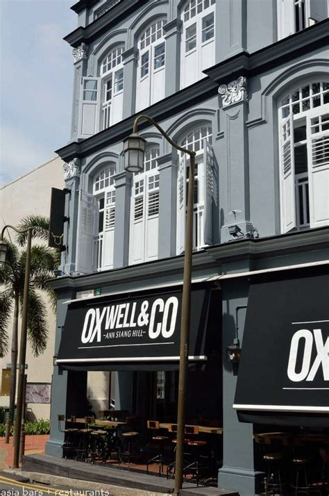 oxwell  impressive gastropub  singapore asia bars