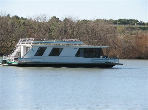 Houseboat On The Murray by Houseboats On The River Murray Trevor S Travels