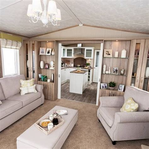 Decorating Ideas For Mobile Homes by Best 25 Mobile Home Makeovers Ideas On Moble
