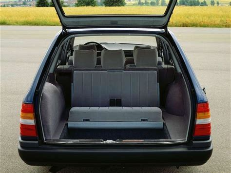mercedes benz  class estate  classic car review honest john