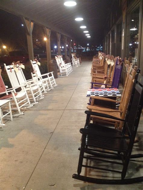 cracker barrel front porch rocking chairs looks like at cracker barrel porch