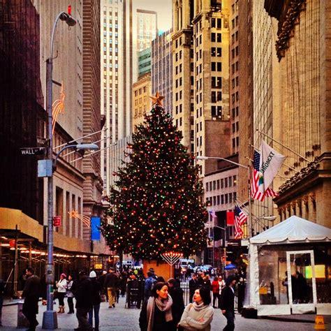 nyc christmas tree lighting 2017 christmas in new york christmas tree in new york