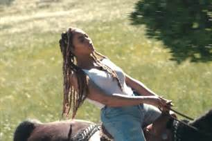 Poo On Carpet by Mane Addicts 7 Ways Beyonce Took Braids To Epic Levels In