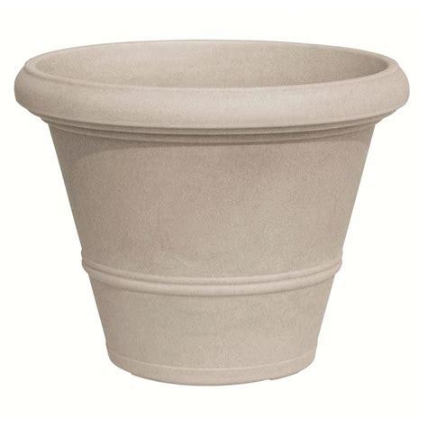 home depot plastic planters marchioro 19 75 in dia plastic planter pot