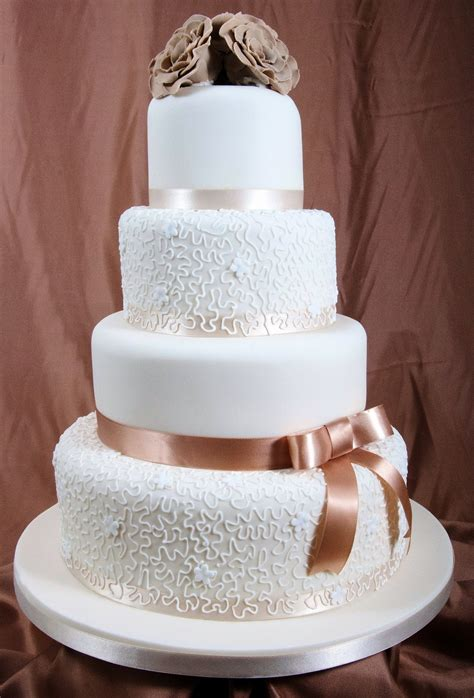 fondant hochzeitstorte versatile ideas for your wedding socially fabulous fabulously social
