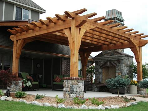 Backyard Pergola Ideas - this would look awesome on our back patio