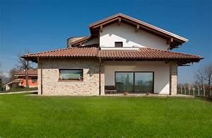 5 case italiane che usano la pietra in maniera eccellente