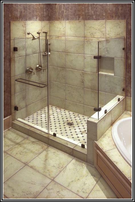 Fliesen In Der Dusche Reinigen by Begehbare Dusche Fliesen Reinigen Fliesen House Und