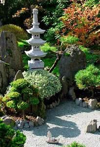 Pflanzen Für Japanischen Garten : die besten 25 japanischer garten anlegen ideen auf ~ Lizthompson.info Haus und Dekorationen