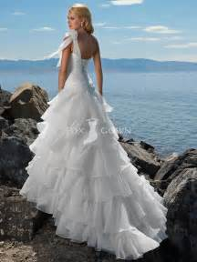 beachy wedding dress wedding dresses 16 wedding dresses trends fashion since the 2013