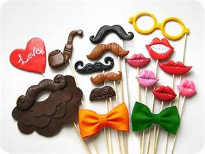 fun wedding details for the reception mustache theme