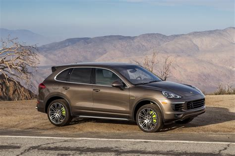 2015 Porsche Cayenne S, Turbo Review