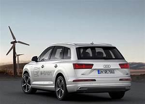 Audi A4 Hybride : audi q7 e tron le suv hybride rechargeable se d voile gen ve vid o ~ Dallasstarsshop.com Idées de Décoration
