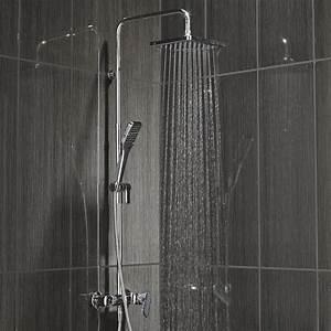 Pommeau De Douche Italienne : colonne de douche avec robinetterie sensea remix leroy ~ Edinachiropracticcenter.com Idées de Décoration