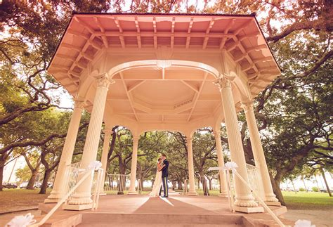 white point gardens charleston wedding photography
