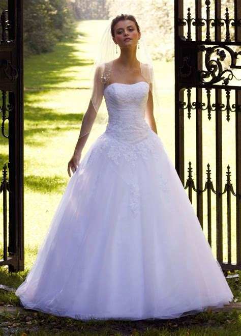 2016 Wedding Dresses And Trends David's Bridal Collection. Best Wedding Photographer In Erode. Wedding Invitations That Tie A Knot. Plan Your Wedding App. Wedding Guest Help. Wedding Venue Search Engine By Price. Wedding Destinations West Virginia. Wedding Cake Designs With Calla Lilies. Wedding Guest Book Alternatives Frame