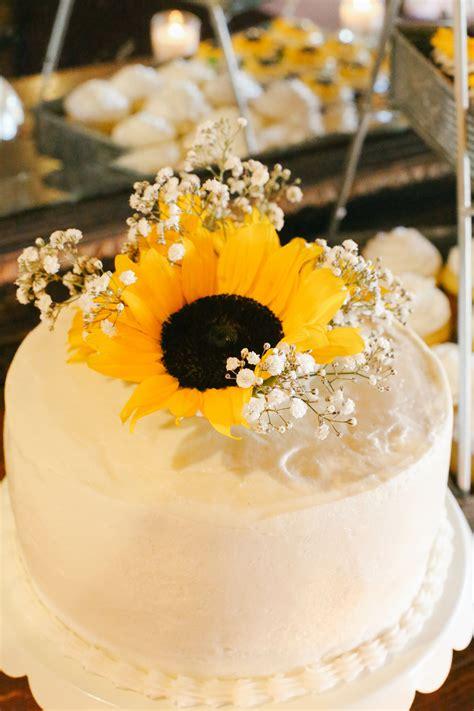 sunflower  babys breath cake topper