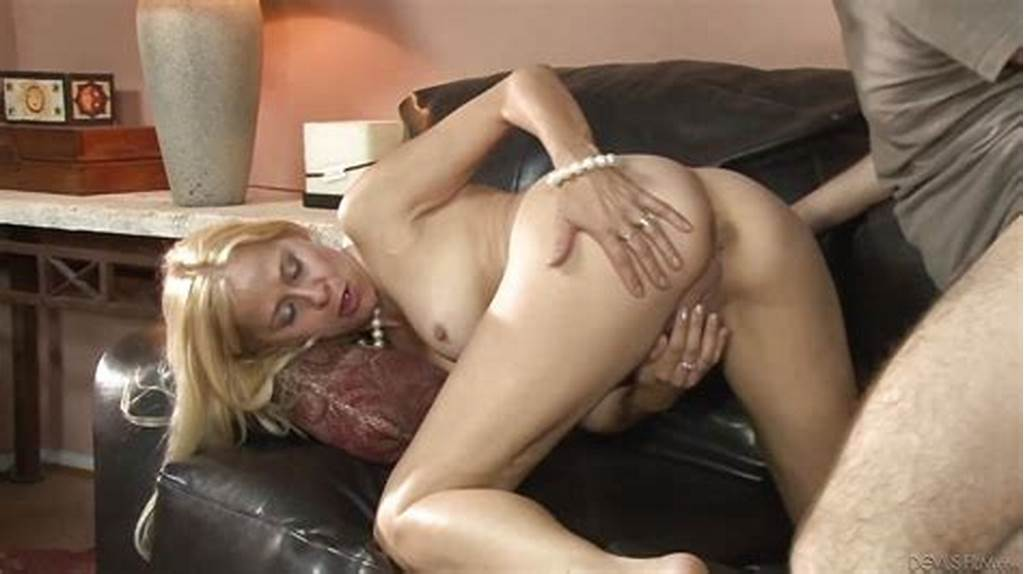 #Mature #Blonde #Payton #Leigh #Having #A #Threesome #With #Laela