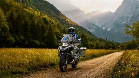Bmw R 1200 Gs 2019 Wallpapers 2019 bmw r 1250 gs adventure pictures photos wallpapers