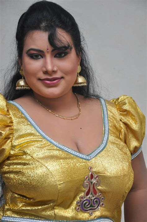 Tamilcinestuff Sushmitha Hot Photos At Amma Nanna