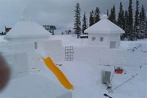 Snow Sculptor and Snow Sculptures, Keystone Snow Fort ...
