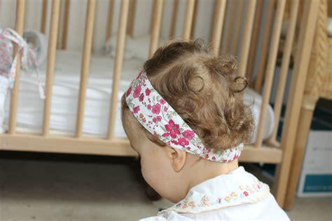 tuto bandeau bébé fille bandeau fillette 224 fleurs pose couture