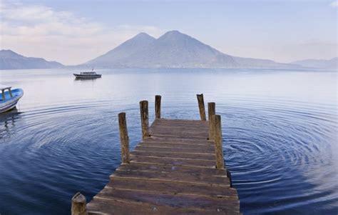 Circling Lago Atitlan, Guatemala