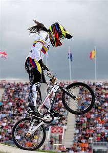 Mariana Pajon Photos Photos - Olympics Day 12 - Cycling ...