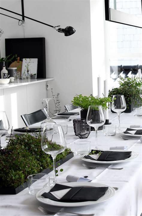 Schoene Ideen Fuer Esstisch Mit Stuehlenfantastic Green Modern Dining Tables Mzrble White Floor Interior by Festlich Gedeckter Weihnachtstisch Sch 246 Ne Ideen Zum