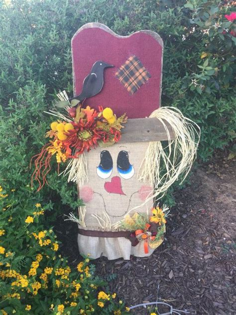 featured  countrylivingcom darling fall scarecrow