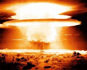 File:Nuclear bomb.jpg - Uncyclopedia, the content-free ...