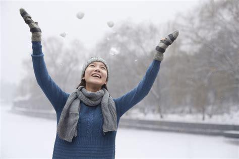 seasonal light disorder ls shining light on seasonal affective disorder women 39 s health