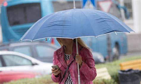 Trešdienas naktī pērkona lietusgāzes visvairāk iespējamas valsts ziemeļos, dienā - dienvidos ...