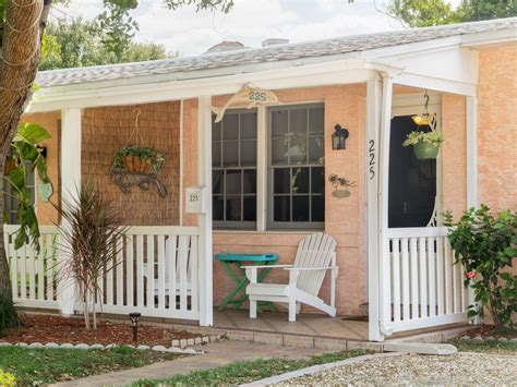 Cocoa Beach Stay Downtown Cottage 225 On Th Vrbo