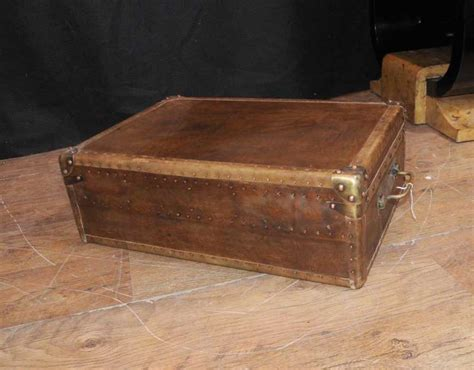 Leather Case Luggage Trunk Coffee Table Box Interior Commercial Bathroom Ideas Little Girl Boys Small Bedroom Three House For Rent Teenage Designs Country Colors Furniture Charleston Sc Brooklyn One Apartments