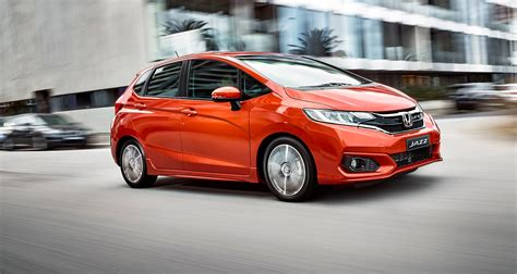 Honda Jazz Photo by 2018 Honda Jazz Pricing And Specs Updated Styling More