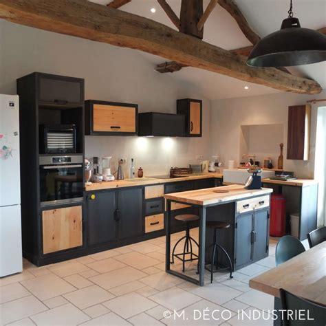 cuisine style industrielle cuisine de style industrielle acier bleuté et bois massif