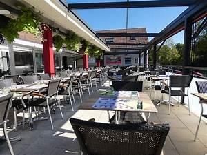 Hotel Pas Cher Mulhouse : bon avis de voyageurs sur espace squash 3000 mulhouse ~ Dallasstarsshop.com Idées de Décoration