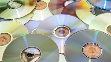 Are DVDs Worth It For DIY Film Distribution? Here Are 5 ...