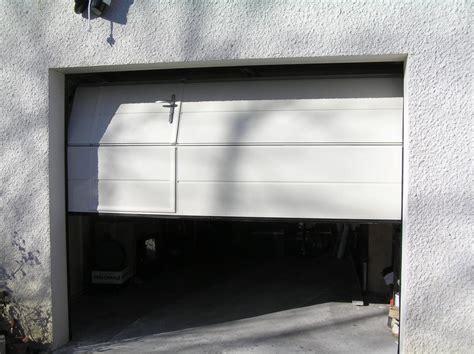 porte garage sectionnelle avec portillon