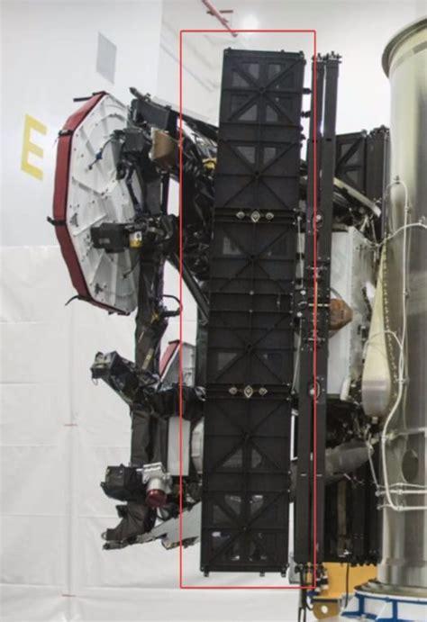 spacexs starlink satellites   unique solar array