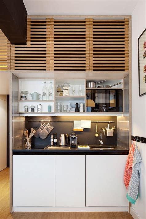 petit espace tres compact en  petite cuisine equipee