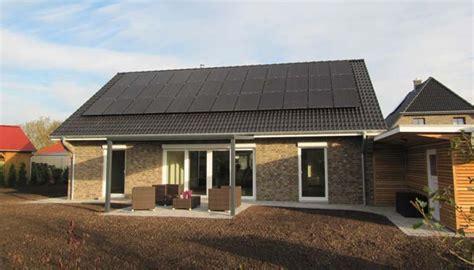 Holzhaus Bausatz Preise by Holzhaus Bausatz Preis Der Bauscout S H Gmbh