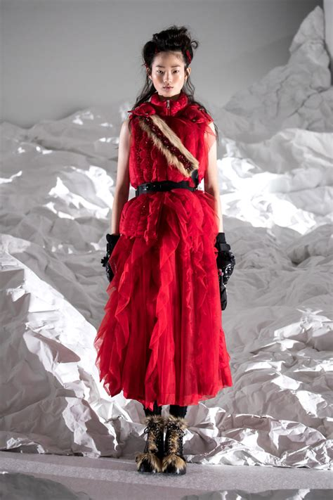 milan fashion week moncler simon rocha collection tom
