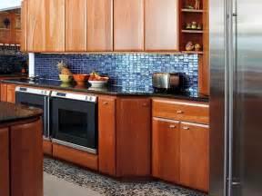 glass kitchen backsplash tiles the creative kitchen backsplash designs with mosaic tiles and glass kitchen designs interior